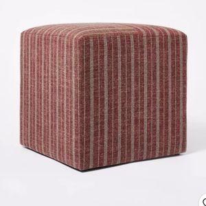Lynwood Square Upholstered Cube